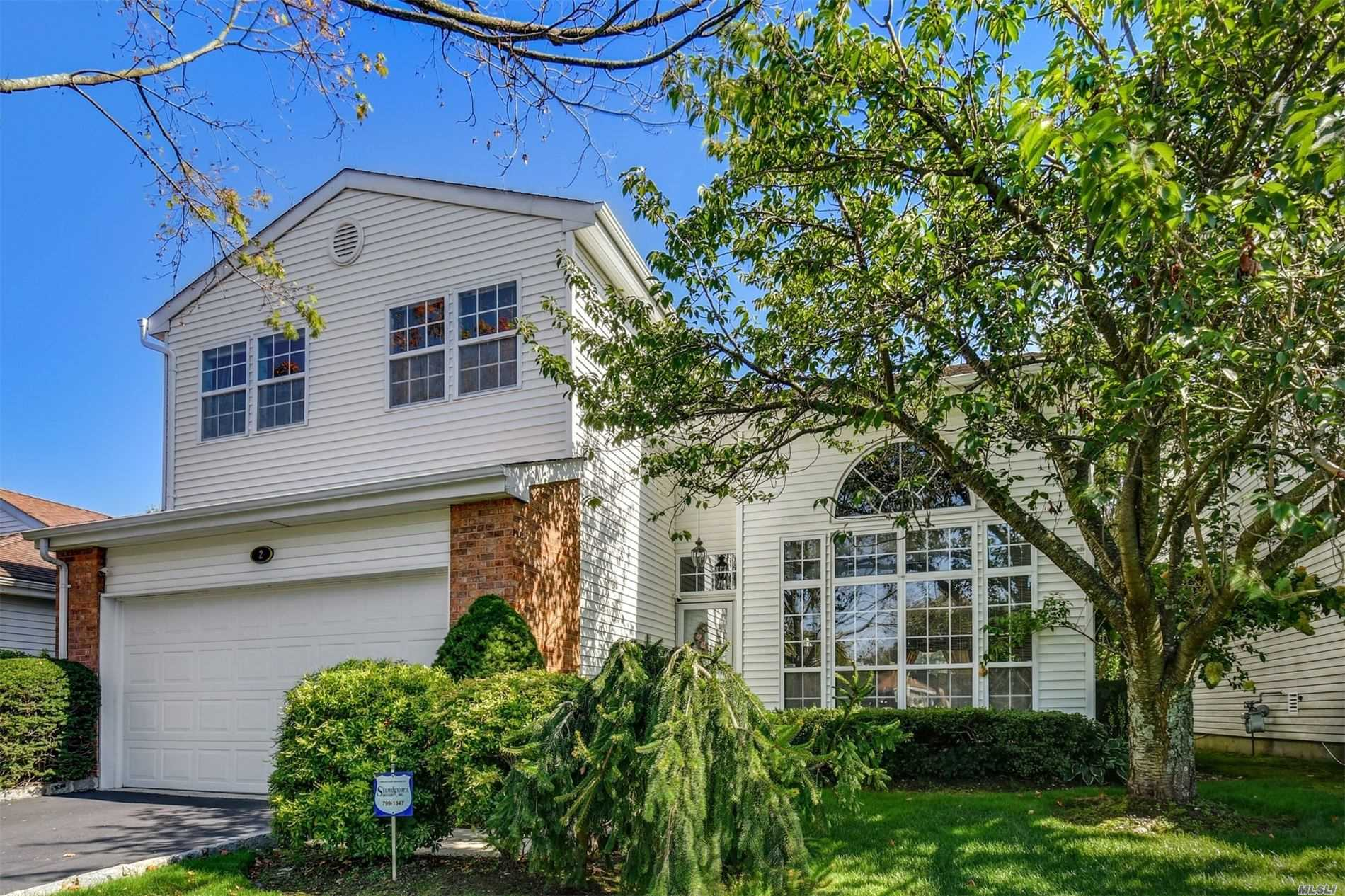 Property for sale at 2 Hamlet Drive, Commack NY 11725, Commack,  New York 11725