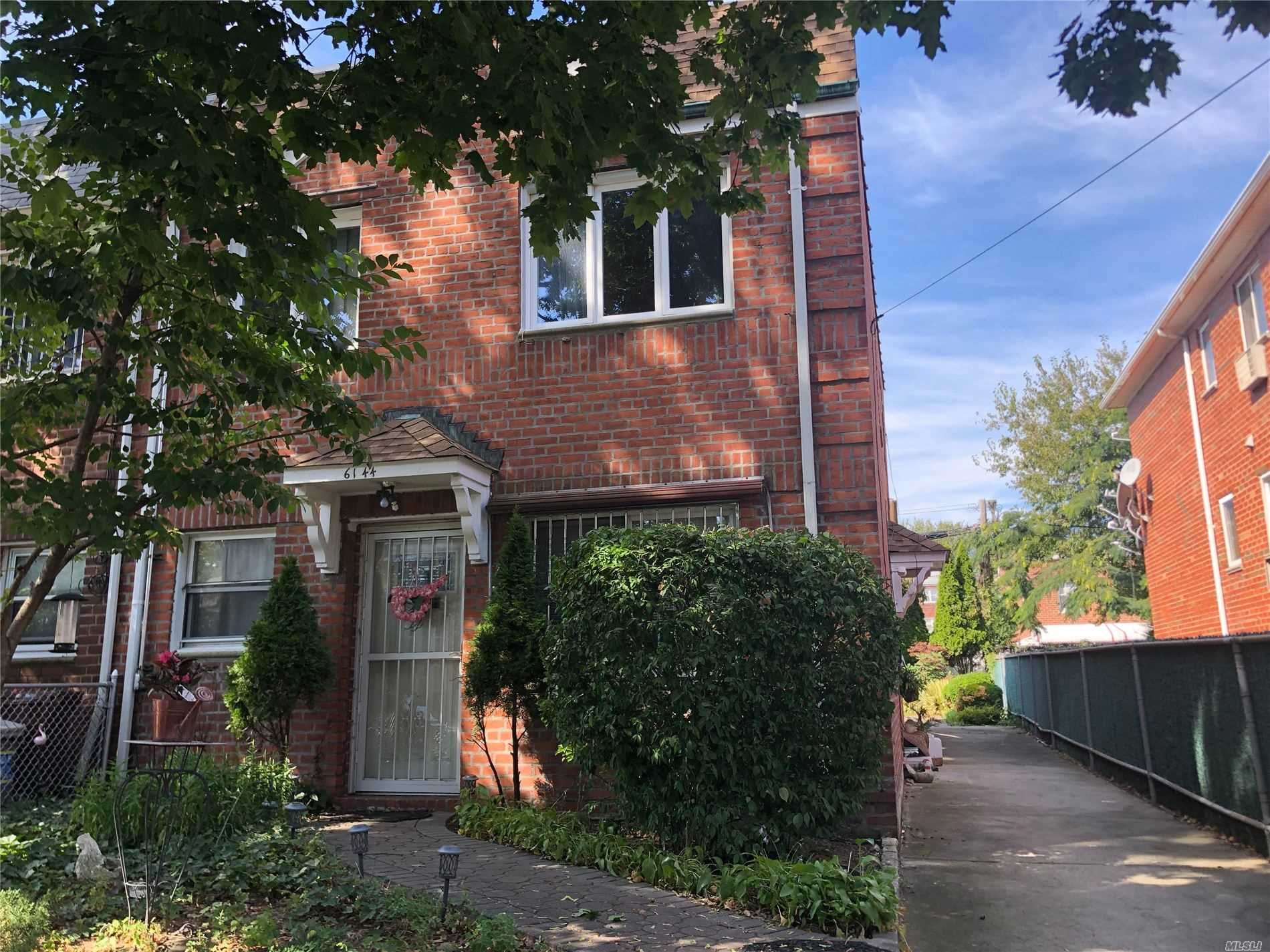 Property for sale at 61-44 165th Street, Fresh Meadows NY 11365, Fresh Meadows,  New York 11365