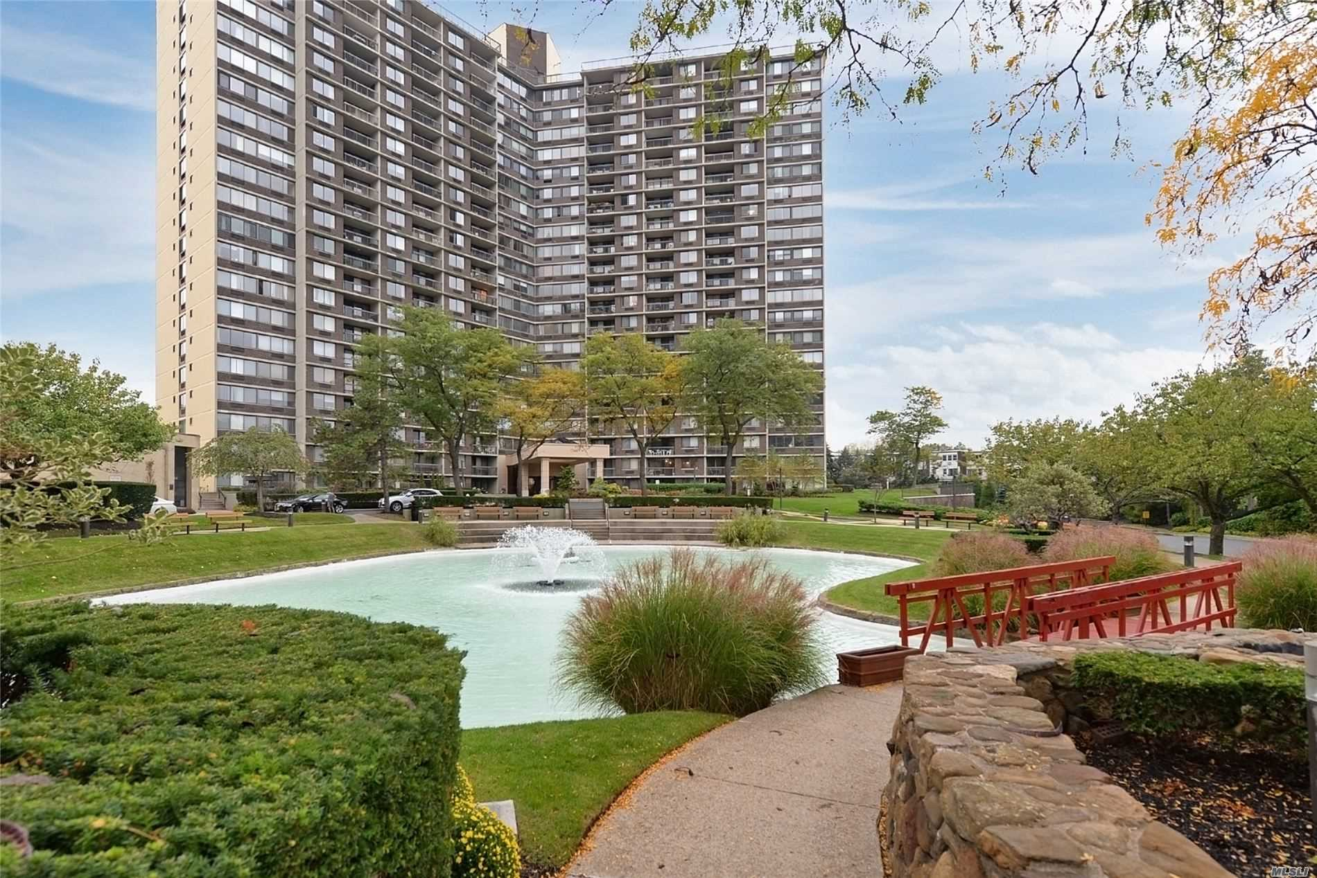 Property for sale at 1 Bay Club Drive Unit: 5-F, Bayside,  New York 11360