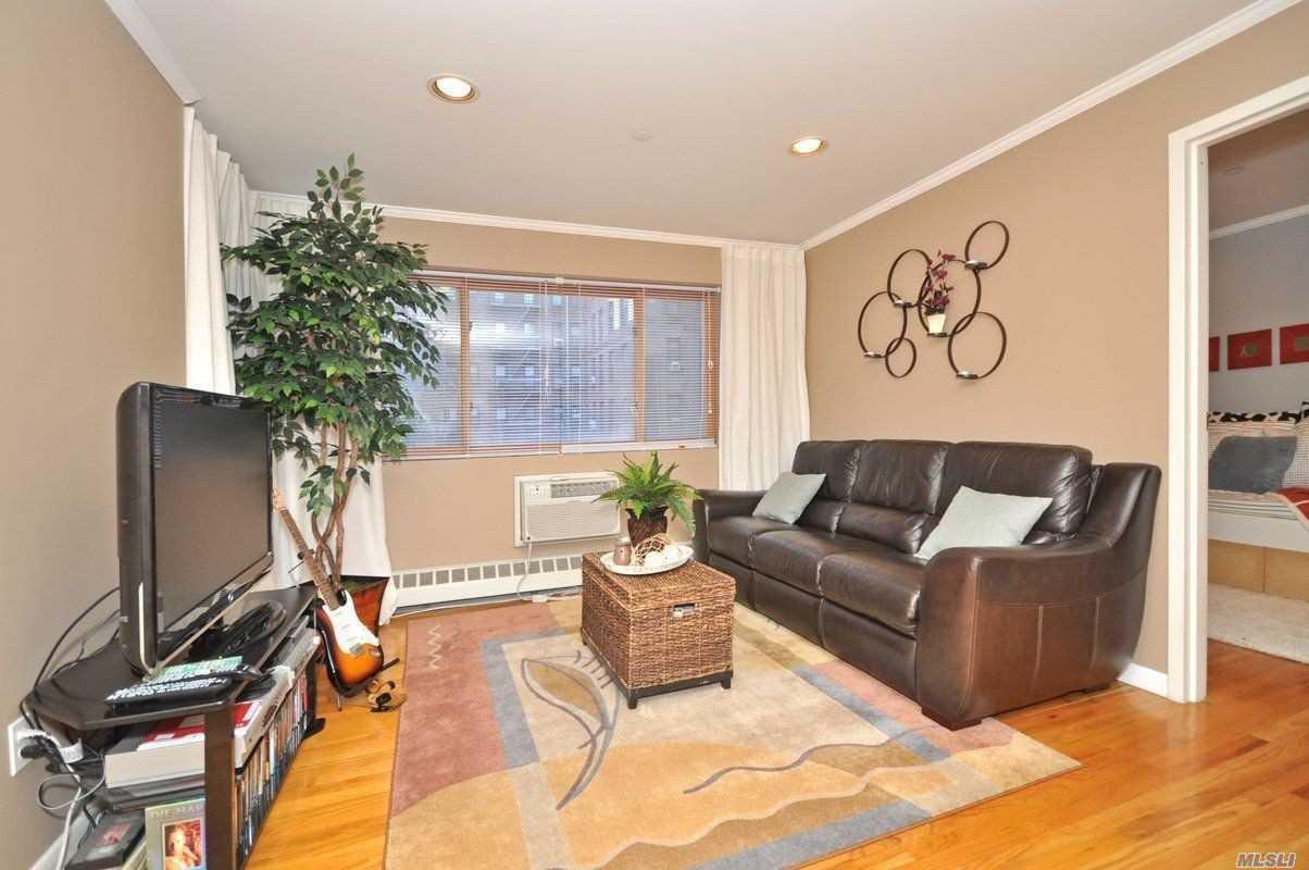 Property for sale at 118-82 Metropolitan Avenue # 3A, Kew Gardens NY 11415, Kew Gardens,  New York 11415