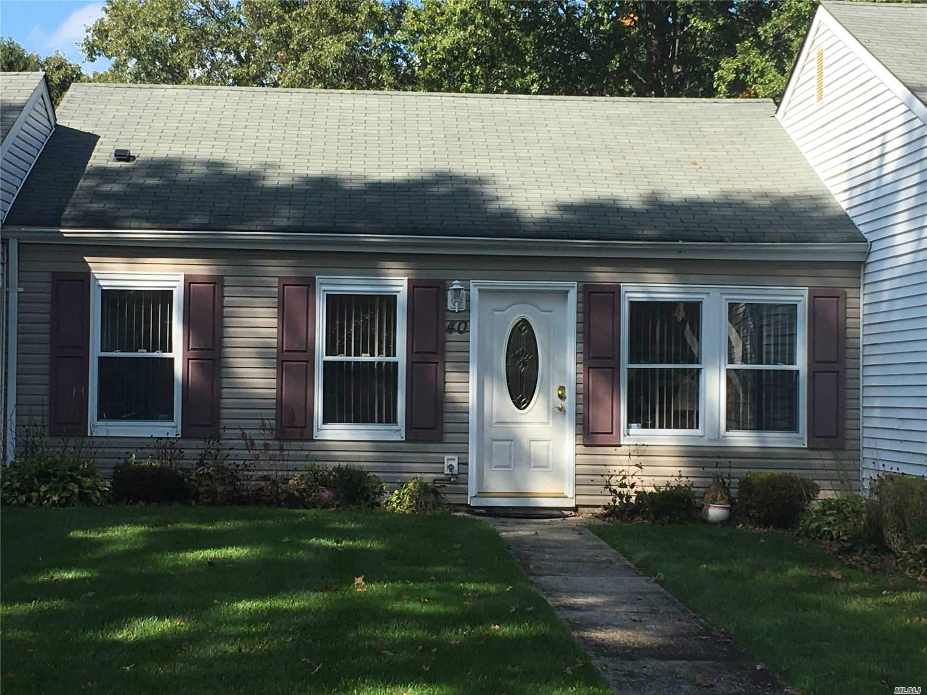Property for sale at 40 Freemont Lane, Coram NY 11727, Coram,  New York 11727