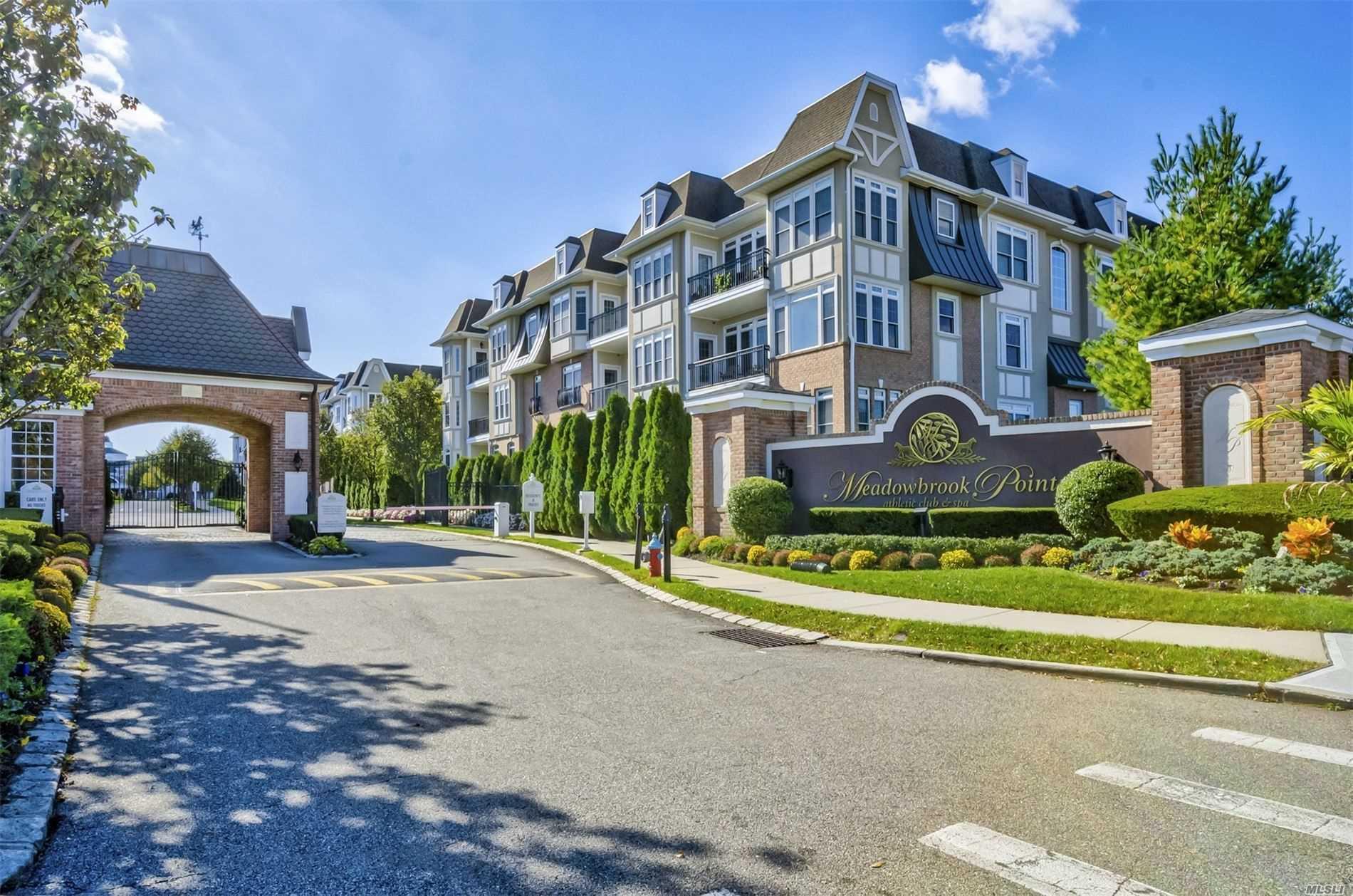 Property for sale at 510 Pacing Way, Westbury NY 11590, Westbury,  New York 11590