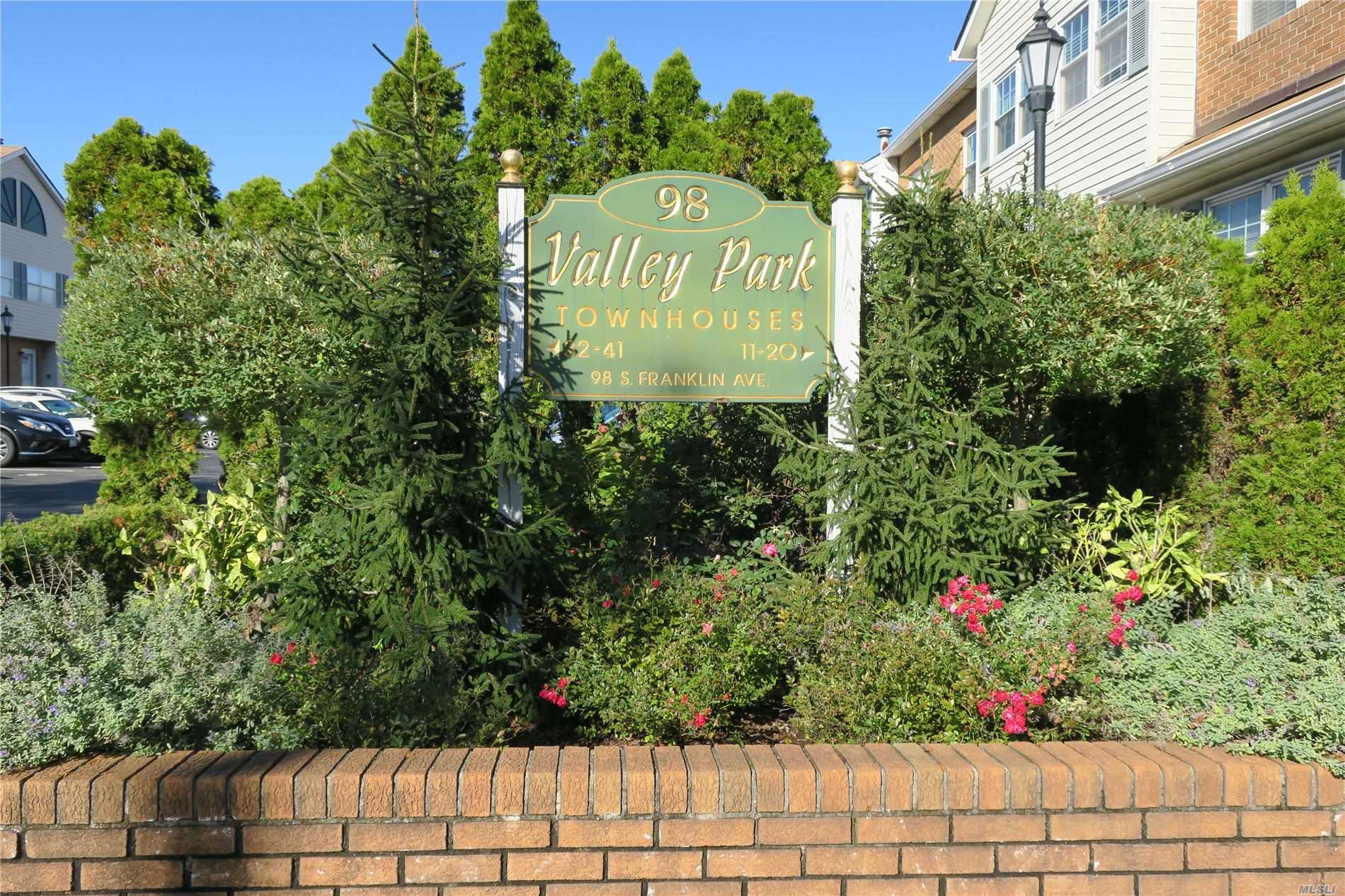 Property for sale at 98 S Franklin Avenue # 38, Valley Stream NY 11580, Valley Stream,  New York 11580