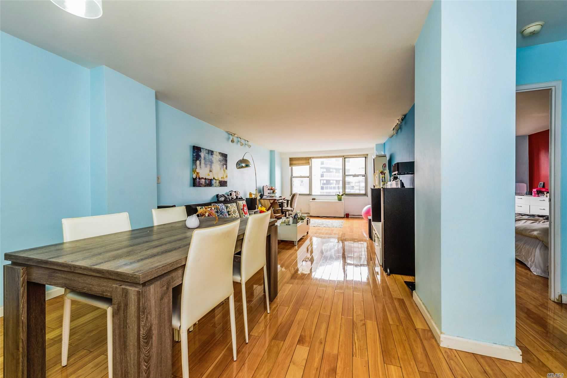 Property for sale at 70-25 Yellowstone Boulevard Unit: 17W, Forest Hills,  New York 11375
