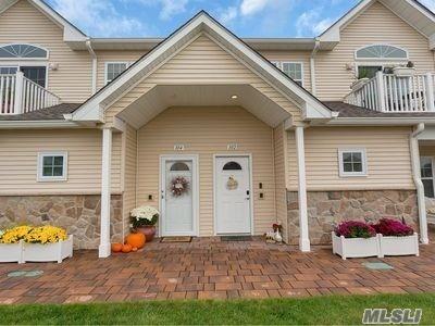 Property for sale at 102 Captains Way # 102, Copiague NY 11726, Copiague,  New York 11726