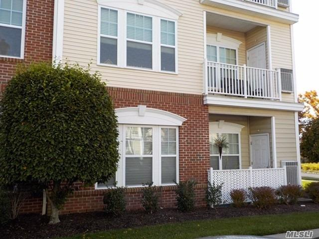 Property for sale at 2117 Finch Lane, Central Islip NY 11722, Central Islip,  New York 11722