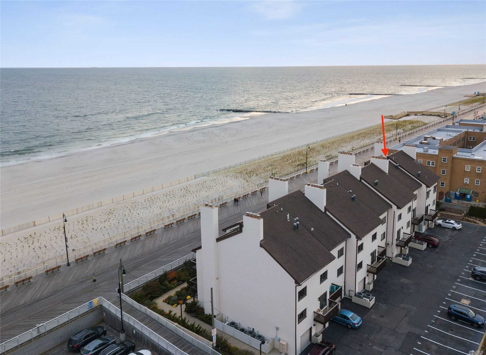 Property for sale at 625 Oceanfront Street Unit: B, Long Beach,  New York 11561