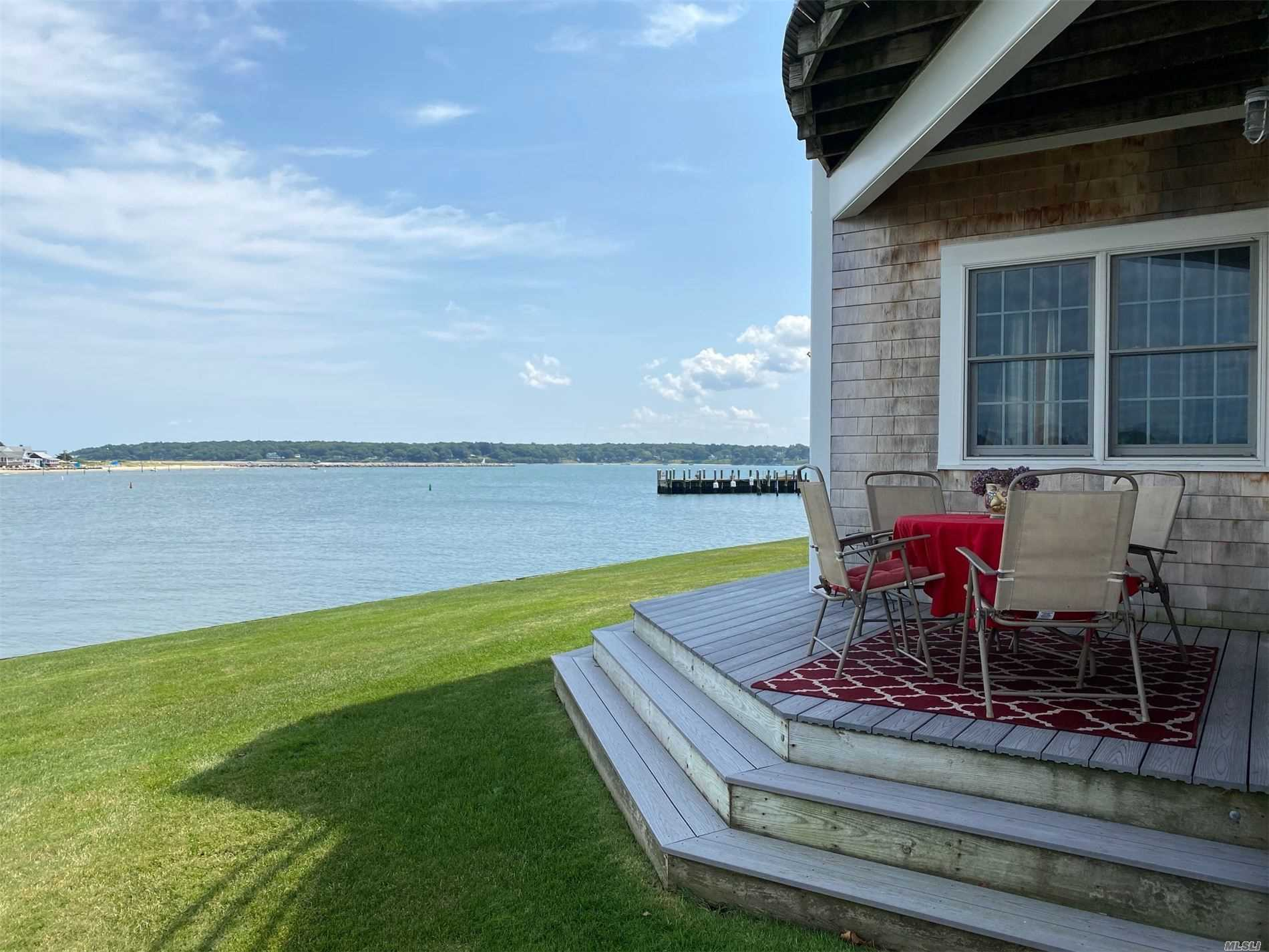 Property for sale at 40 Stirling Cove, Greenport,  New York 11944