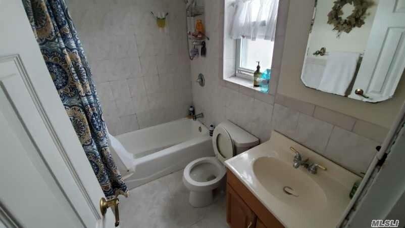Single Family Cyrus Avenue  Brooklyn, NY 11229, MLS-3177787-12