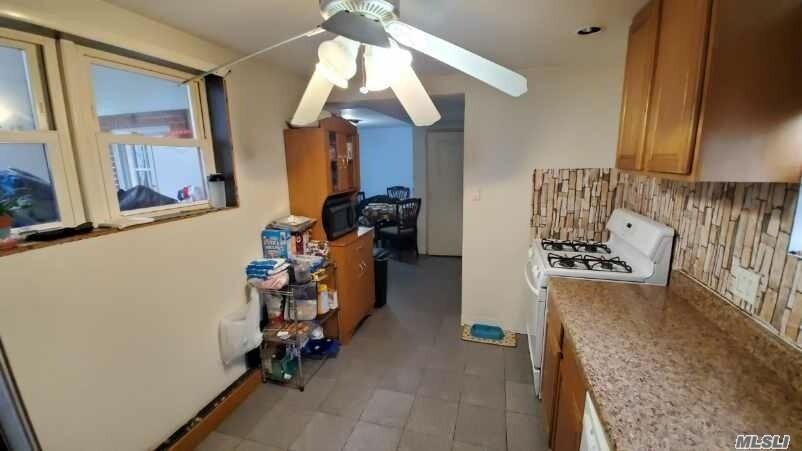 Single Family Cyrus Avenue  Brooklyn, NY 11229, MLS-3177787-5
