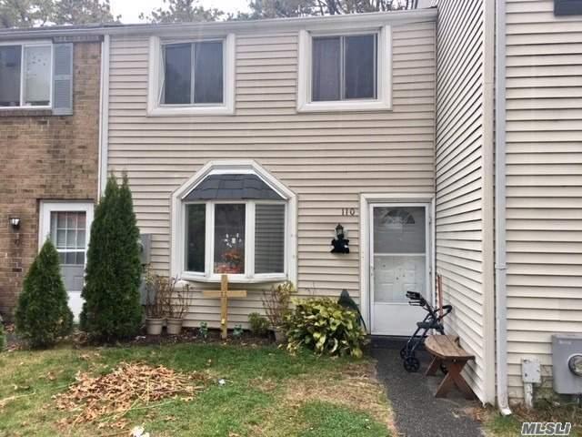 Property for sale at 110 Hill Spur, Calverton NY 11933, Calverton,  New York 11933