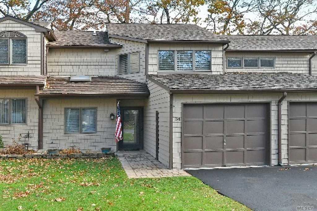 Property for sale at 34 Jeremy Circle, Nesconset NY 11767, Nesconset,  New York 11767