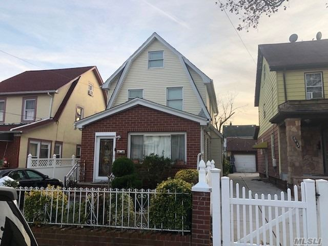 Property for sale at 214-36 112th Road, Queens Village NY 11429, Queens Village,  New York 11429