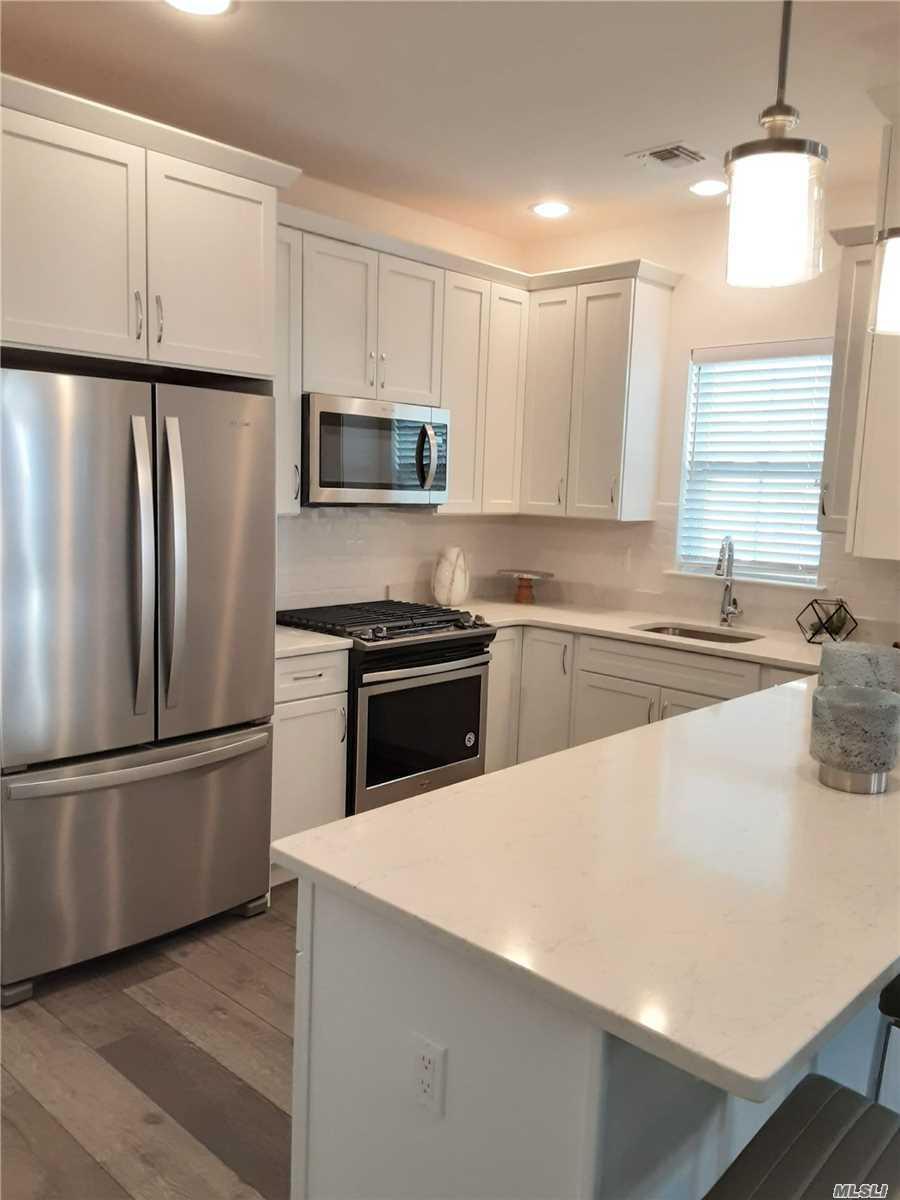 Property for sale at 13 Bayard Drive, East Islip NY 11730, East Islip,  New York 11730
