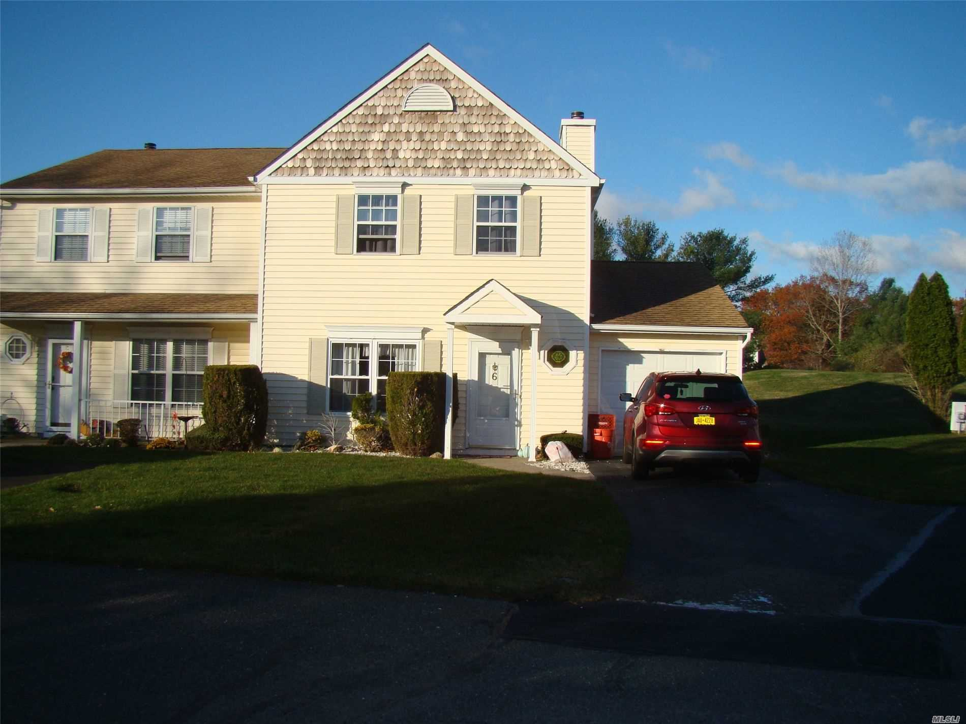 Property for sale at 6 Thrush Path, Coram NY 11727, Coram,  New York 11727