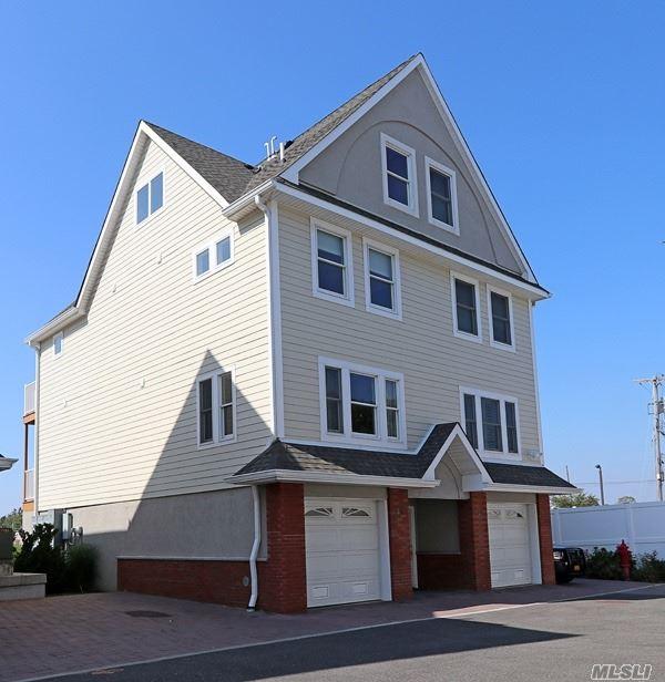 Property for sale at 531 Ray Street # 23, Freeport NY 11520, Freeport,  New York 11520