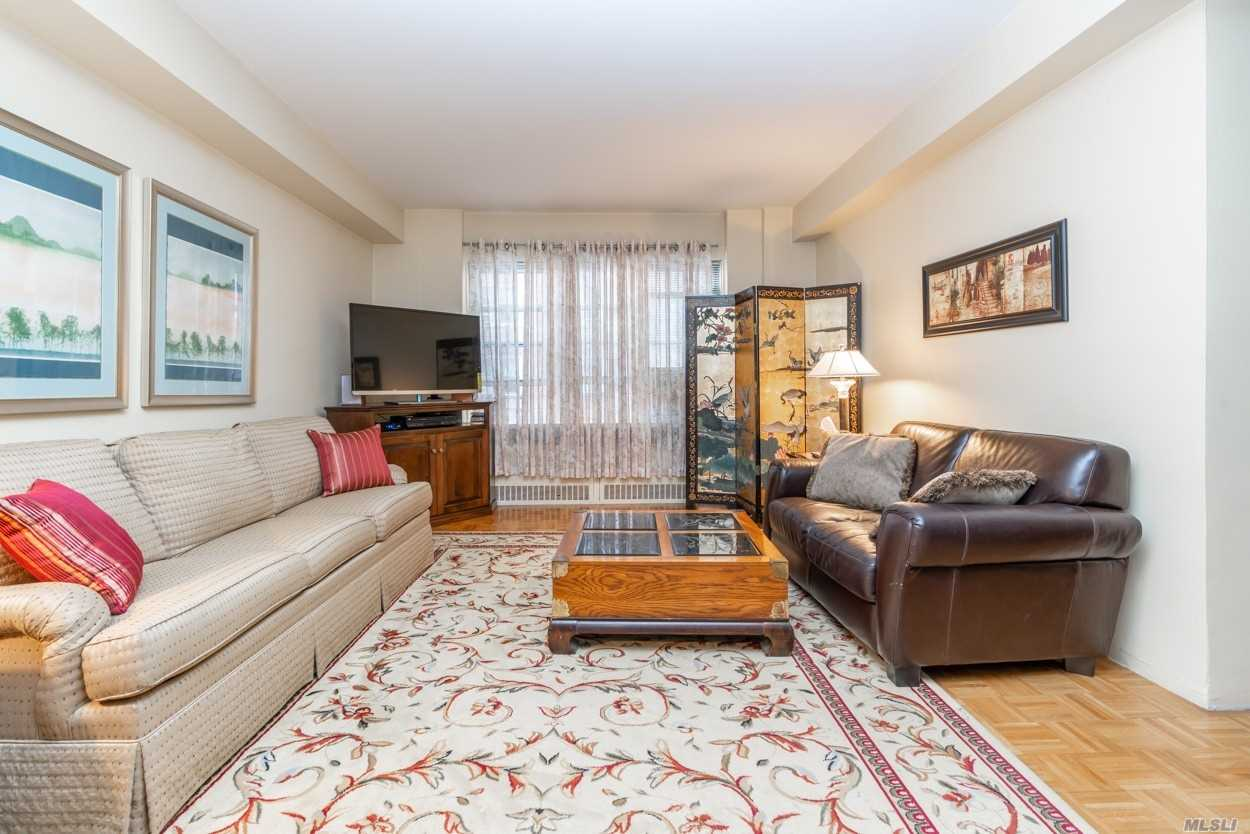 69-10 108th Street 3G, Forest Hills, NY 11375