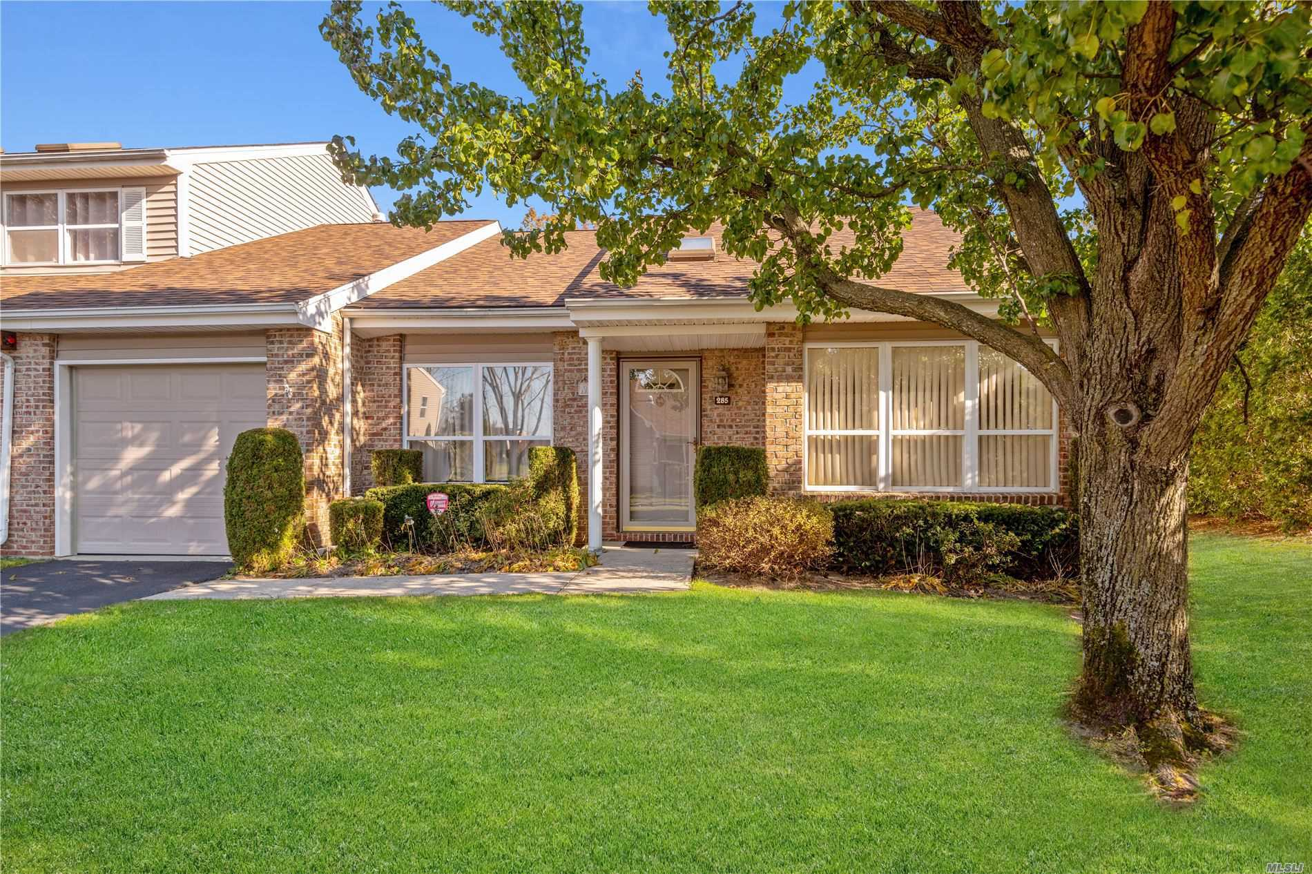 Property for sale at 285 Pond View Lane, Smithtown NY 11787, Smithtown,  New York 11787