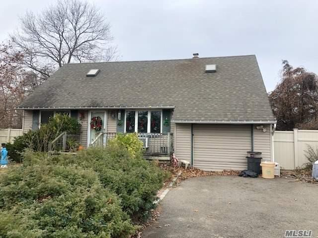 Property for sale at 1154 Brookdale Avenue, Bay Shore NY 11706, Bay Shore,  New York 11706