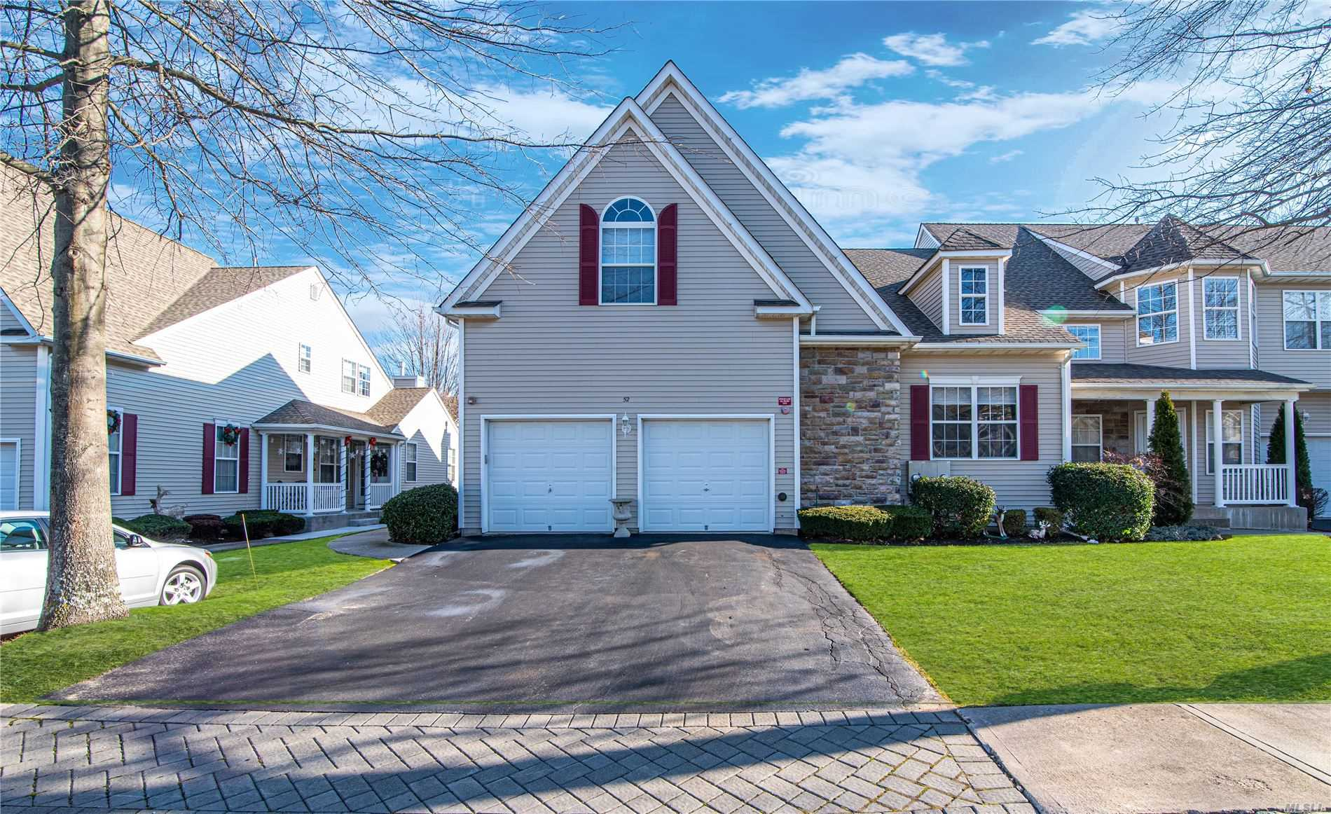 Property for sale at 52 Meadow Pond Circle, Miller Place NY 11764, Miller Place,  New York 11764