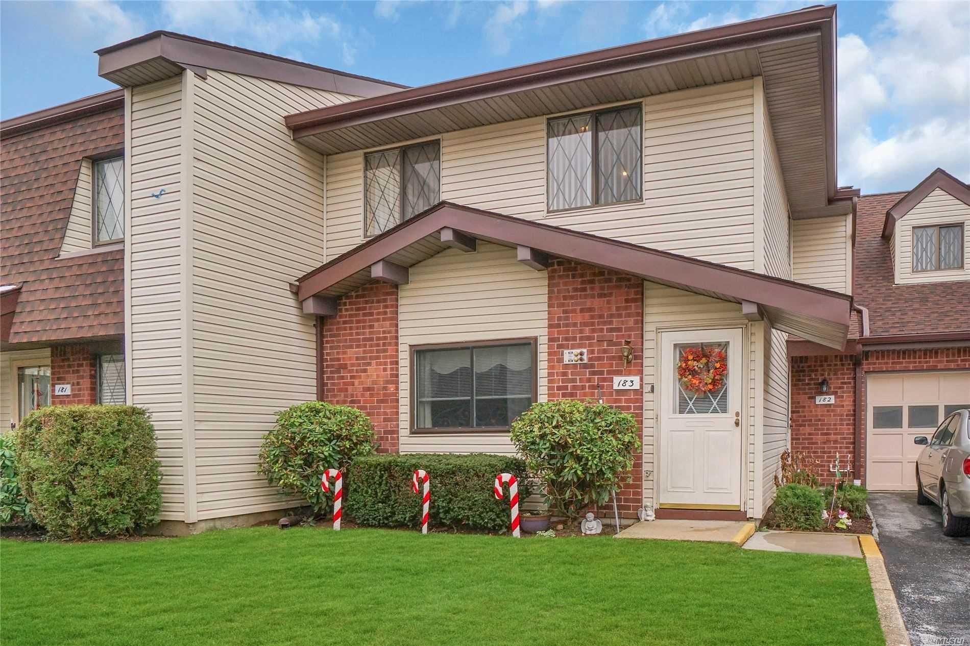 Property for sale at 183 E Cambridge Drive # 183, Copiague NY 11726, Copiague,  New York 11726