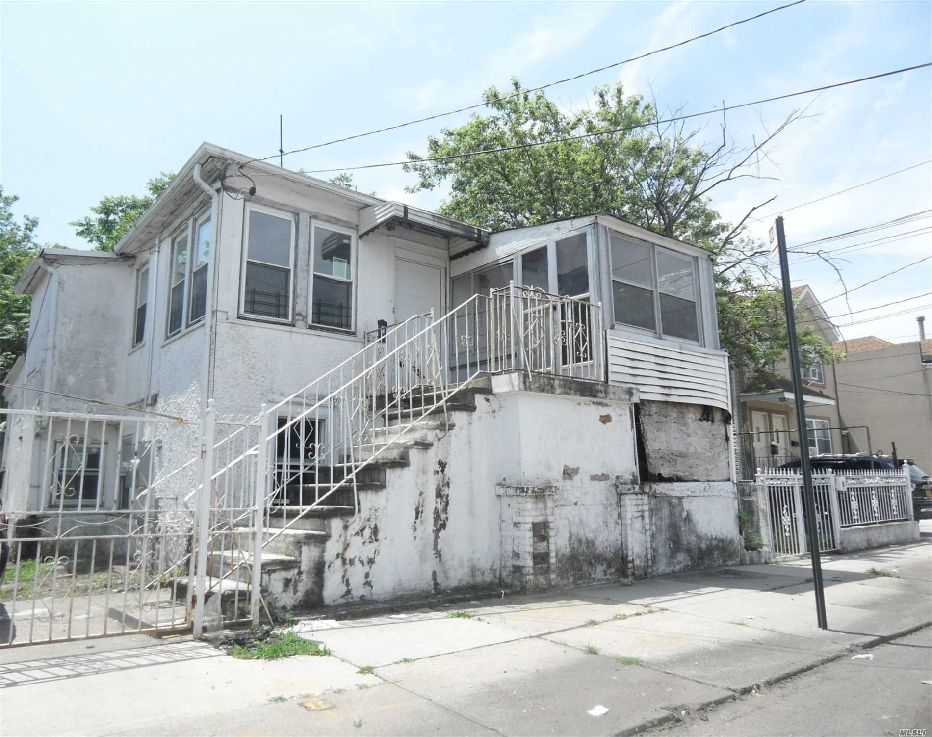 Property for sale at 72-21 Burchell Avenue, Arverne NY 11692, Arverne,  New York 11692