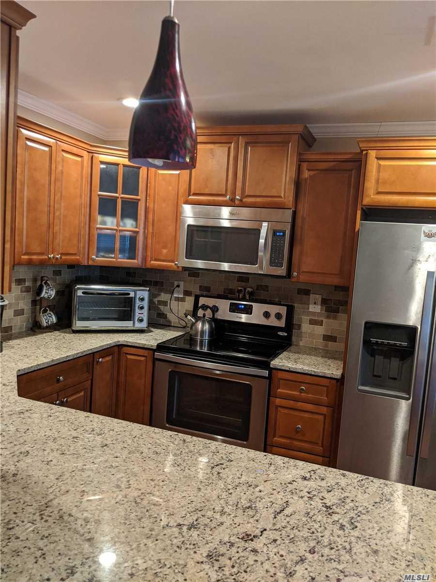Property for sale at 409 Weymouth Court, Ridge NY 11961, Ridge,  New York 11961