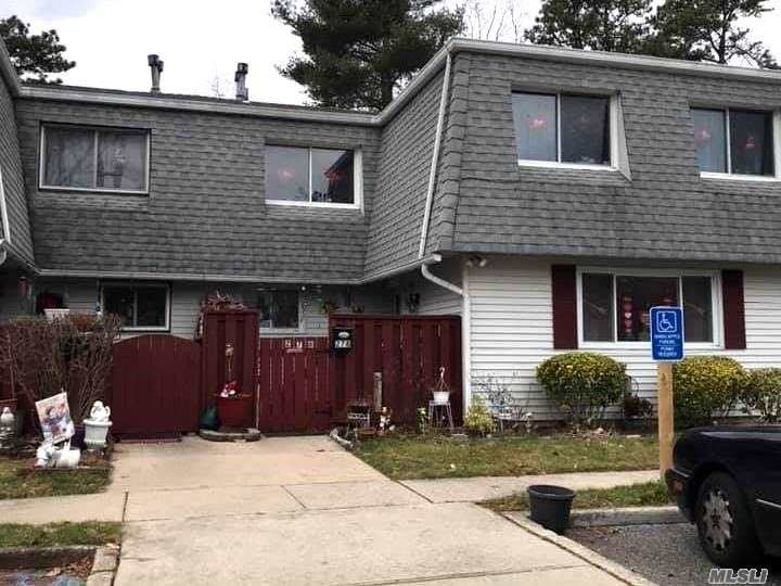 Property for sale at 278 Feller Drive, Central Islip NY 11722, Central Islip,  New York 11722