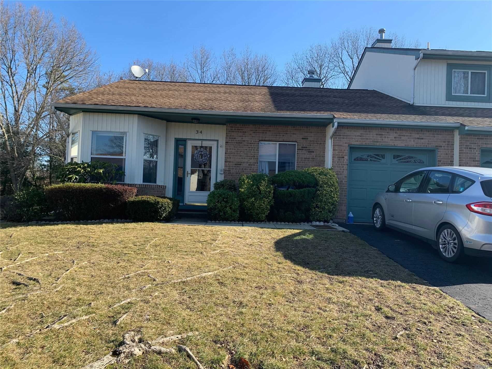 Property for sale at 34 Timber Ridge Drive, Holtsville NY 11742, Holtsville,  New York 11742