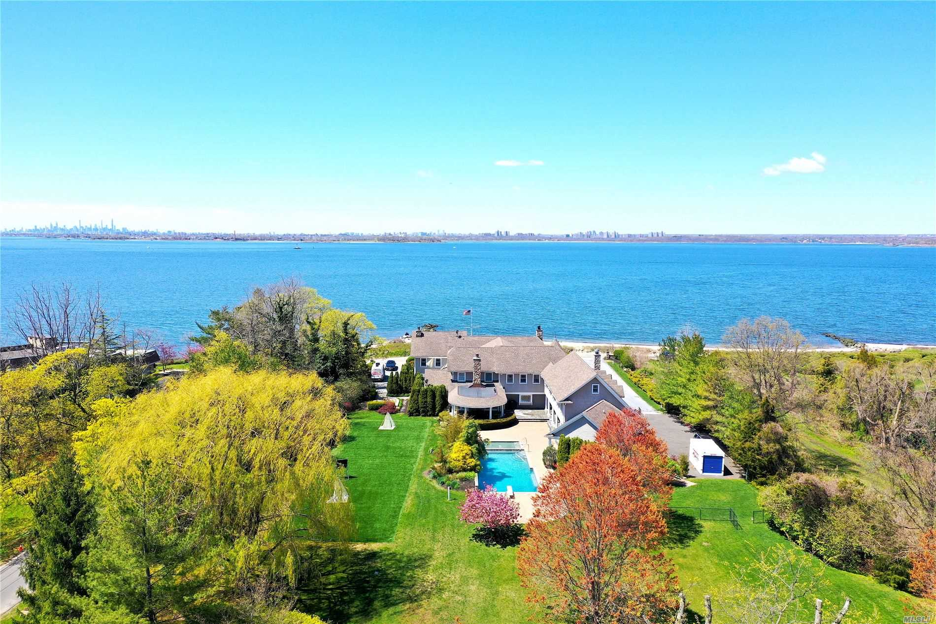 17 Lighthouse Road, Sands Point, NY 11050