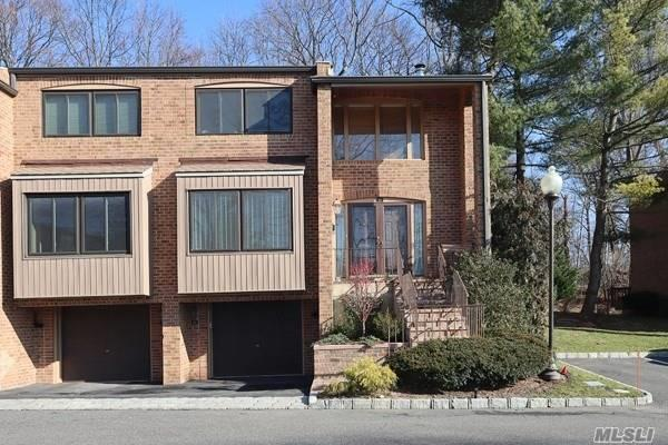 Property for sale at 60 Windsor Gate Drive, North Hills NY 11030, North Hills,  New York 11030