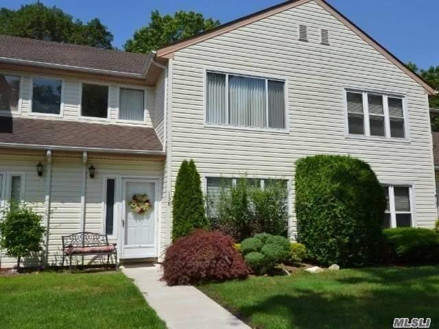 Property for sale at 158 Dari Drive, Holbrook NY 11741, Holbrook,  New York 11741