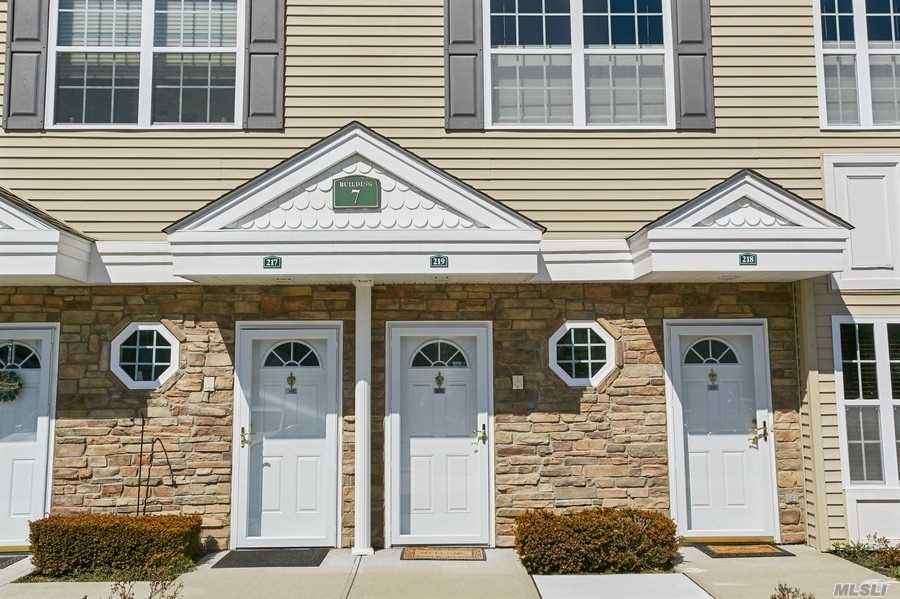 Property for sale at 219 Spring Drive # 219, East Meadow NY 11554, East Meadow,  New York 11554