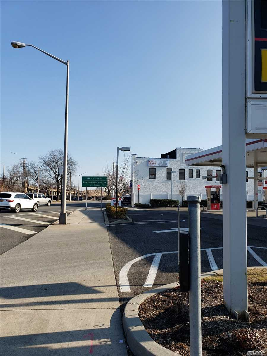 117 W West Sunrise Highway, Freeport, New York 11520, ,Business Opportunity,For Sale,West Sunrise,3195169