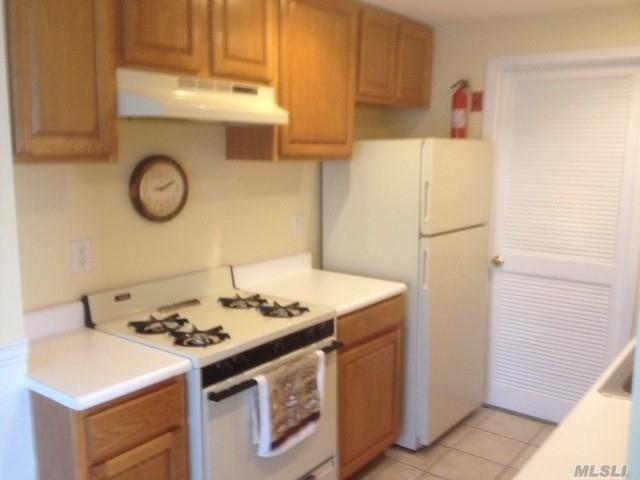 Property for sale at 474 Daryl, Medford NY 11763, Medford,  New York 11763