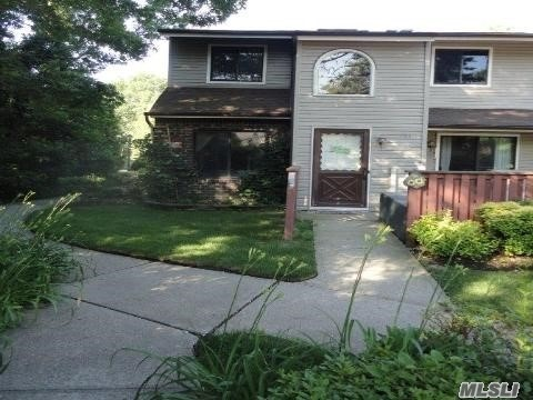 Property for sale at 782 Hilltop Court, Coram NY 11727, Coram,  New York 11727