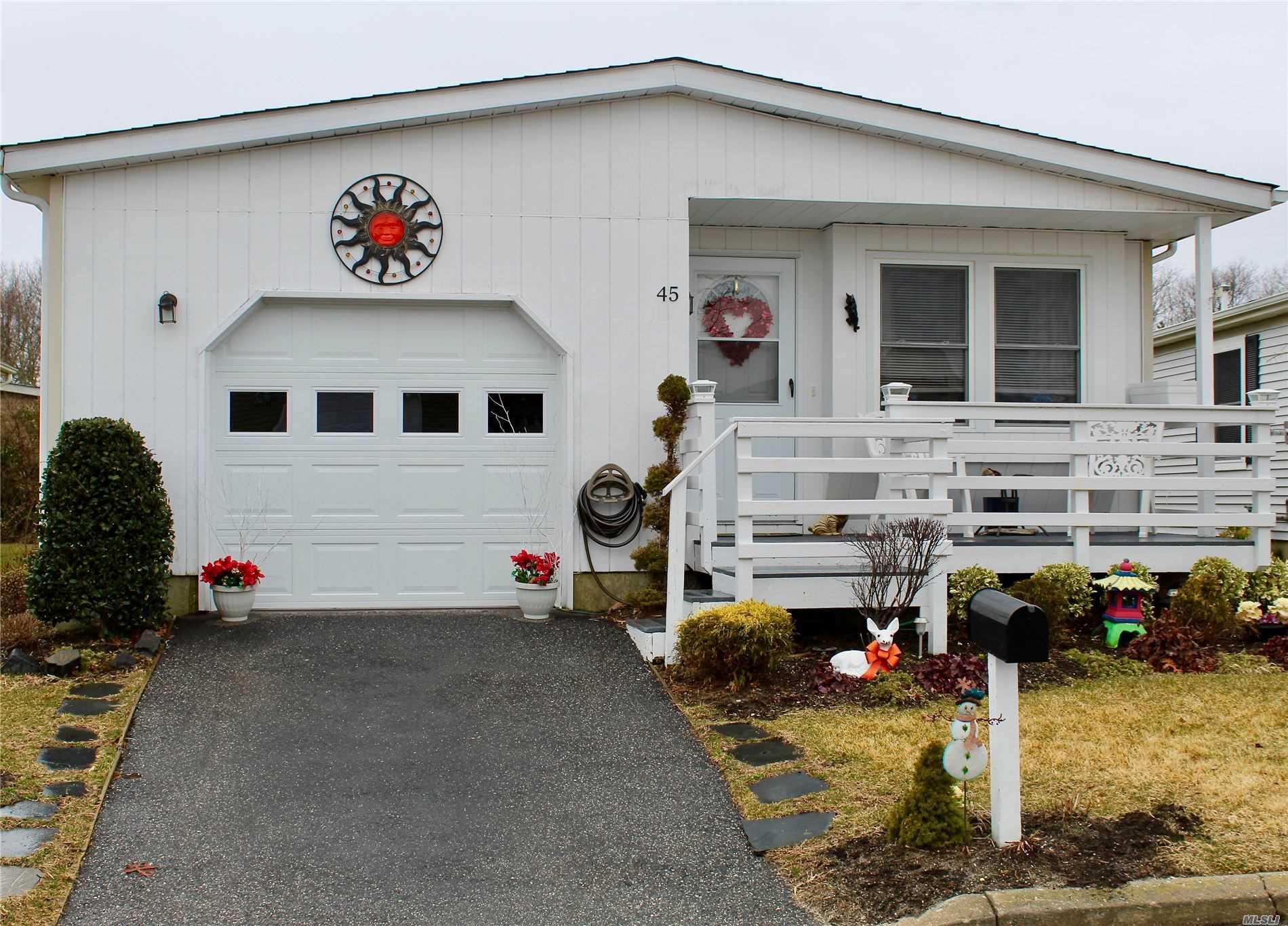 Property for sale at 45 Dogwood Lane, Manorville NY 11949, Manorville,  New York 11949