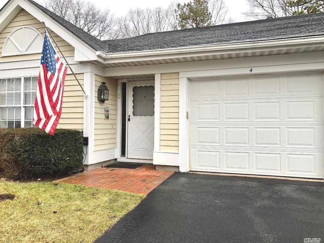 Property for sale at 4 Baldwin Court, Ridge NY 11961, Ridge,  New York 11961