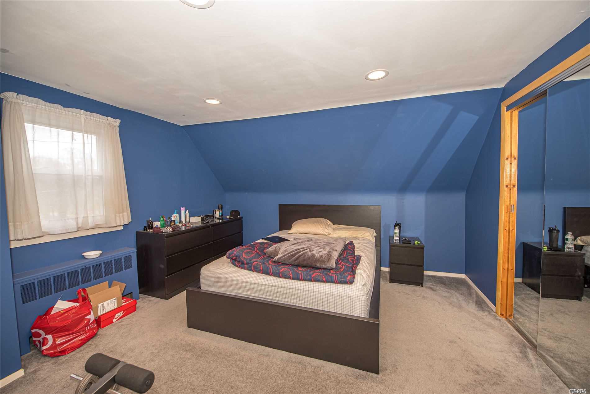 Single Family Evans Avenue  Nassau, NY 11507, MLS-3197740-13