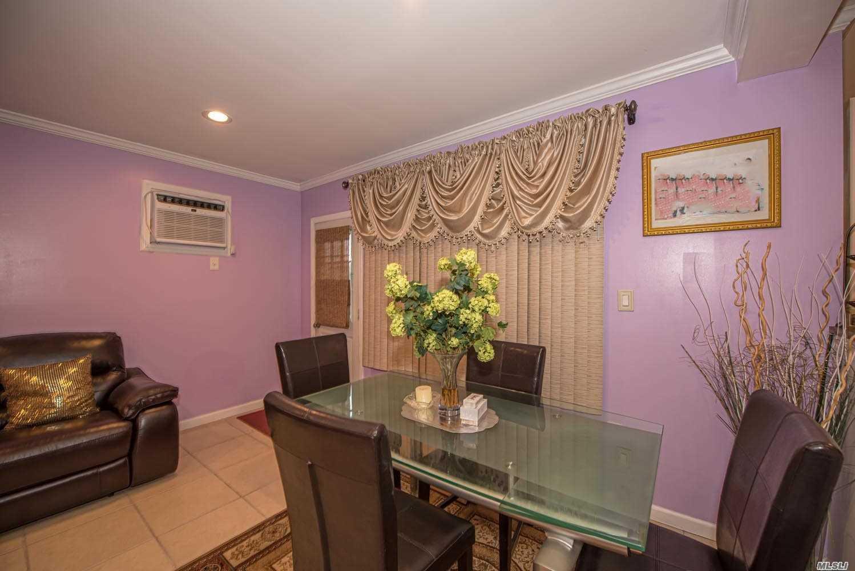 Single Family Evans Avenue  Nassau, NY 11507, MLS-3197740-7