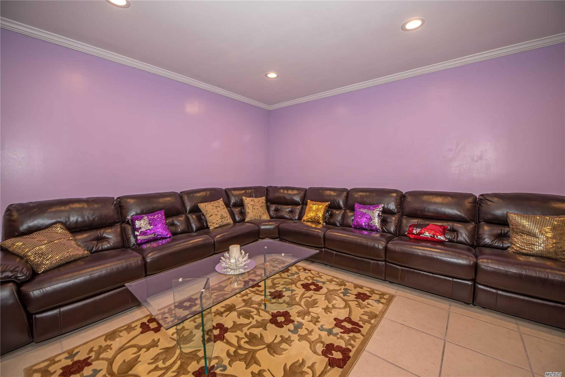Single Family Evans Avenue  Nassau, NY 11507, MLS-3197740-5