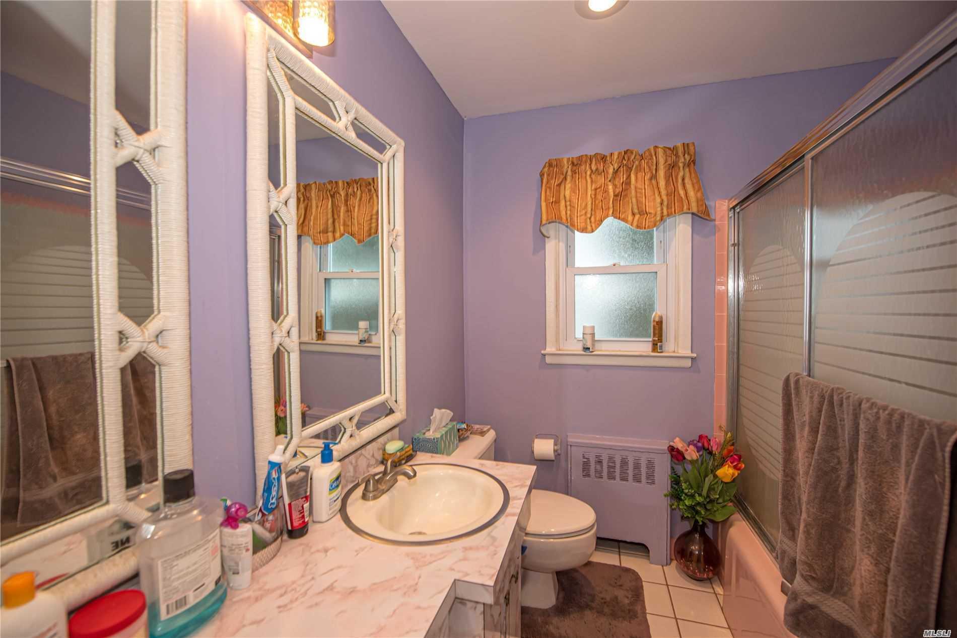Single Family Evans Avenue  Nassau, NY 11507, MLS-3197740-10