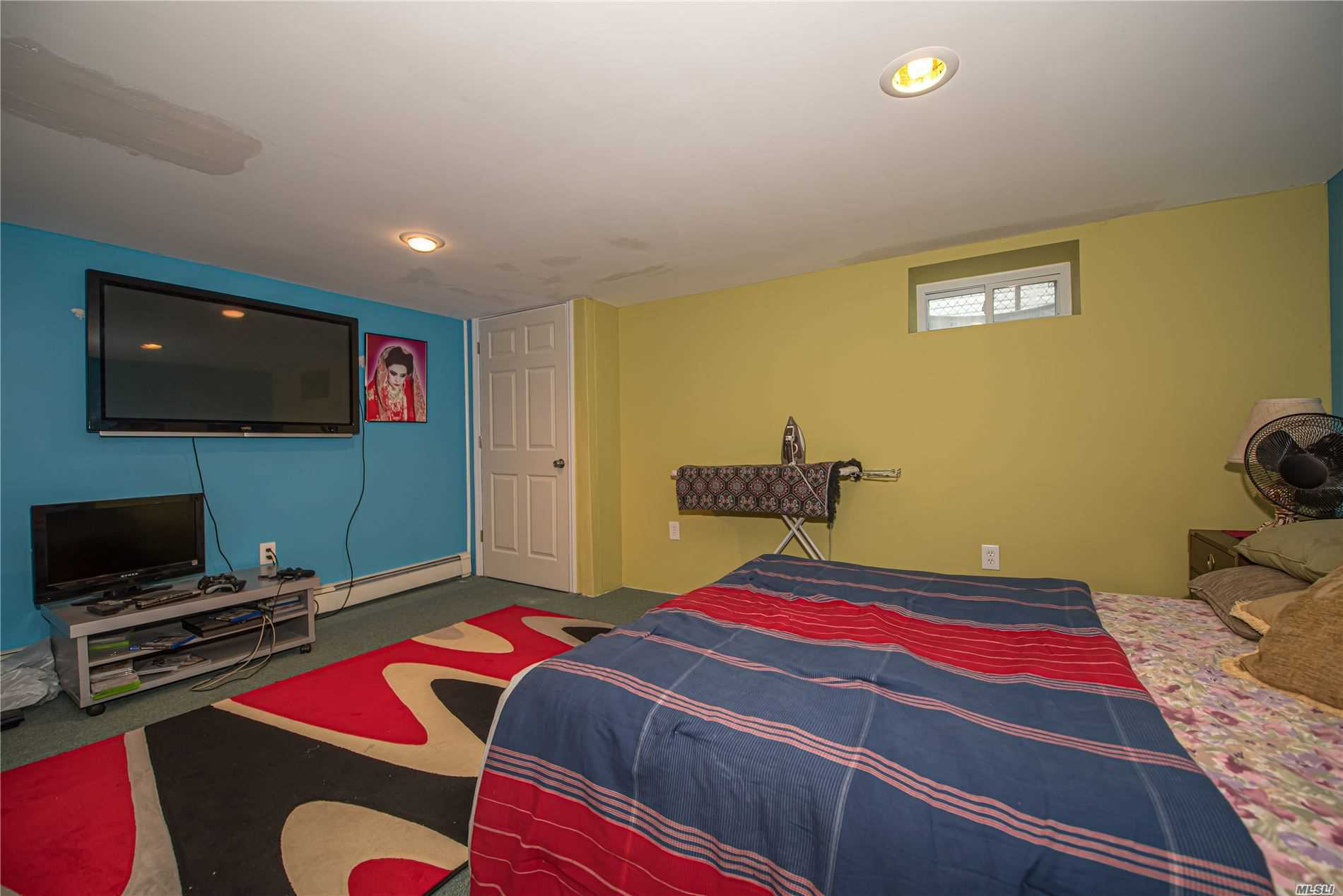 Single Family Evans Avenue  Nassau, NY 11507, MLS-3197740-14