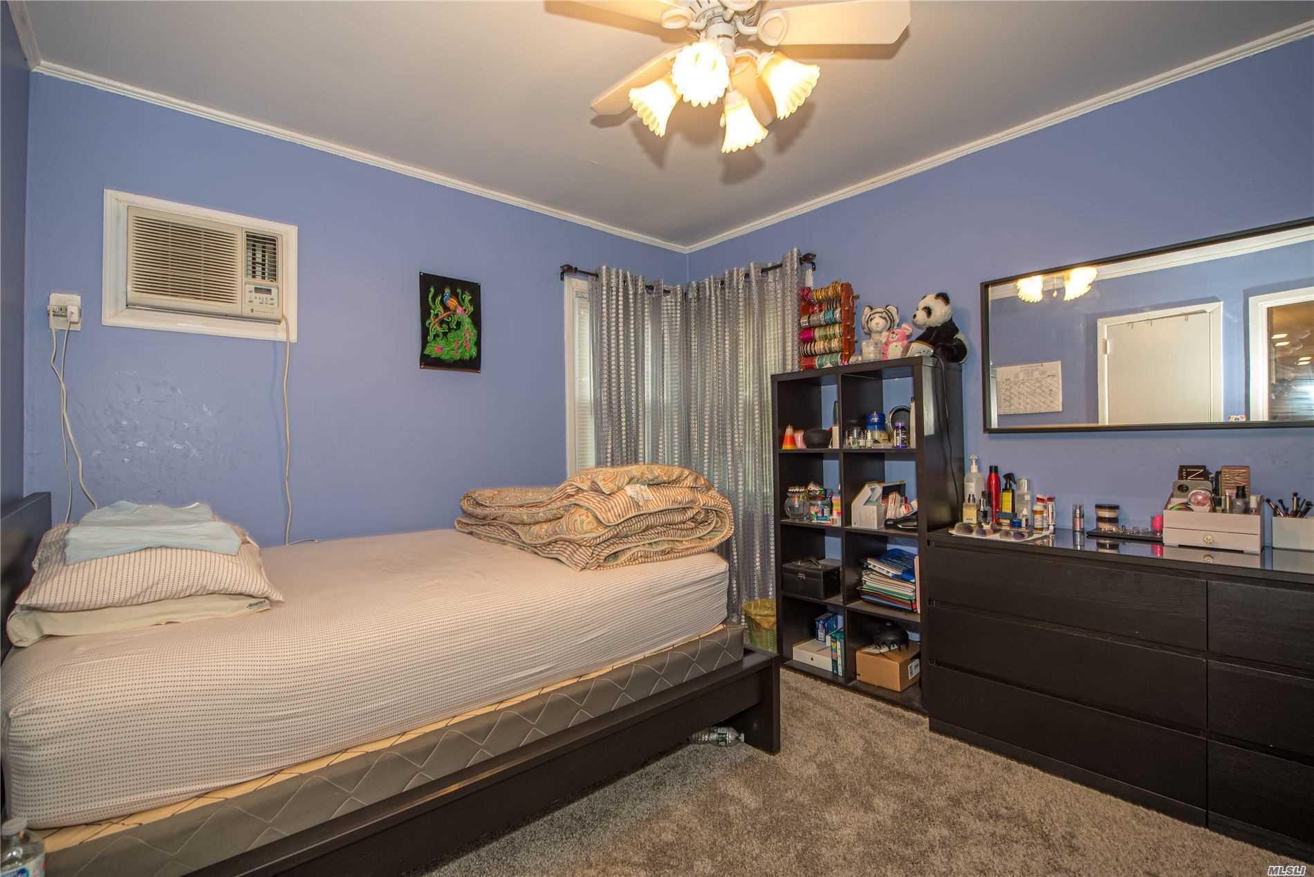 Single Family Evans Avenue  Nassau, NY 11507, MLS-3197740-15