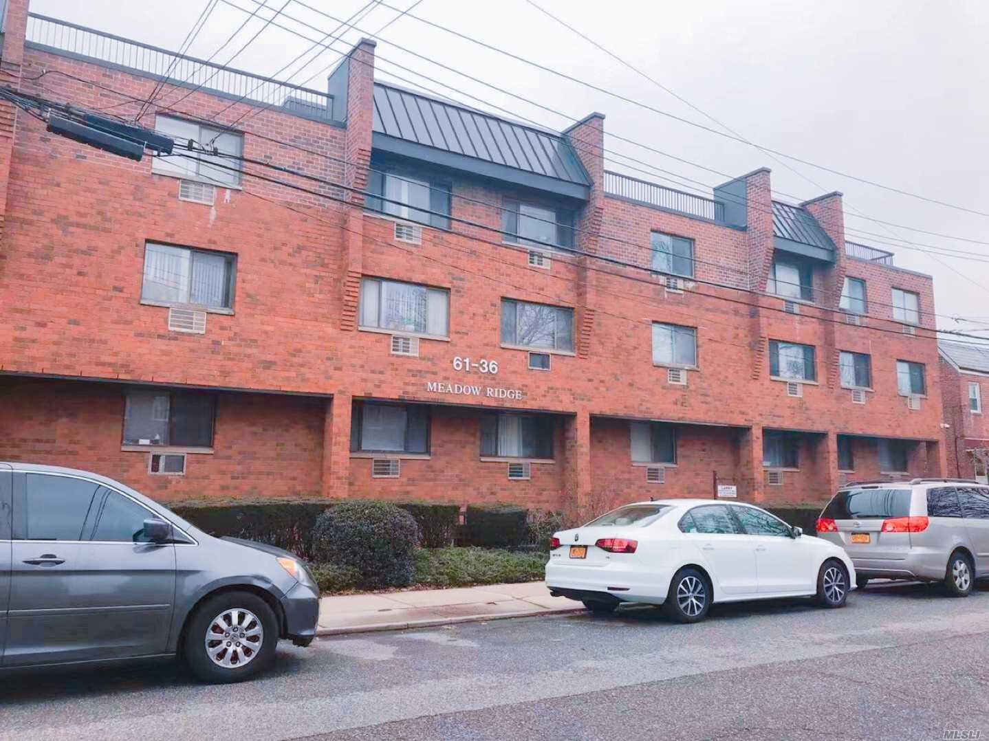 Property for sale at 61-36 170 St Unit: 3, Fresh Meadows,  New York 11365