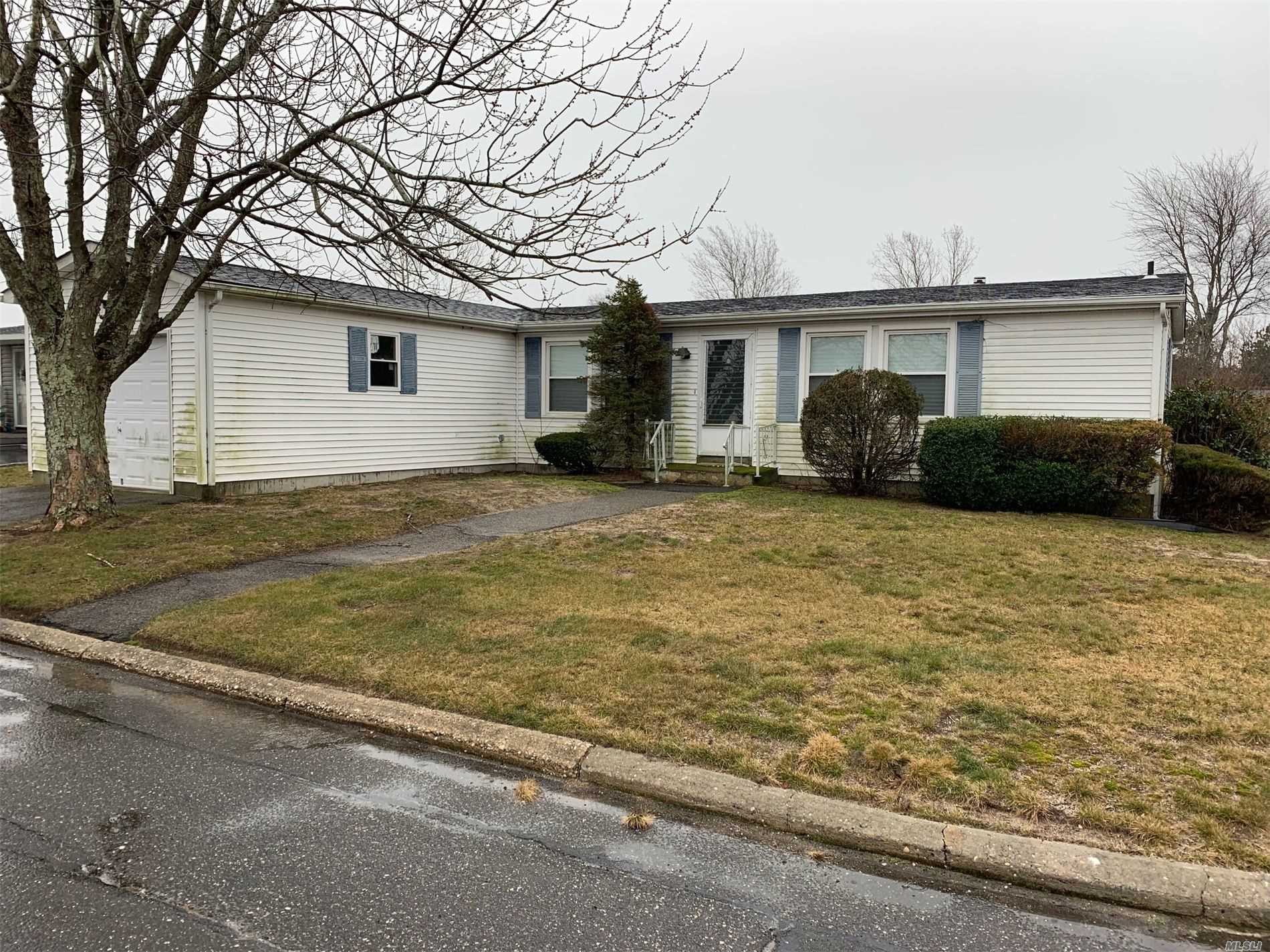 Property for sale at 17 Holly Drive, Manorville NY 11949, Manorville,  New York 11949