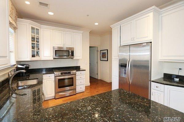 Property for sale at 577 Pacing Way, Westbury NY 11590, Westbury,  New York 11590