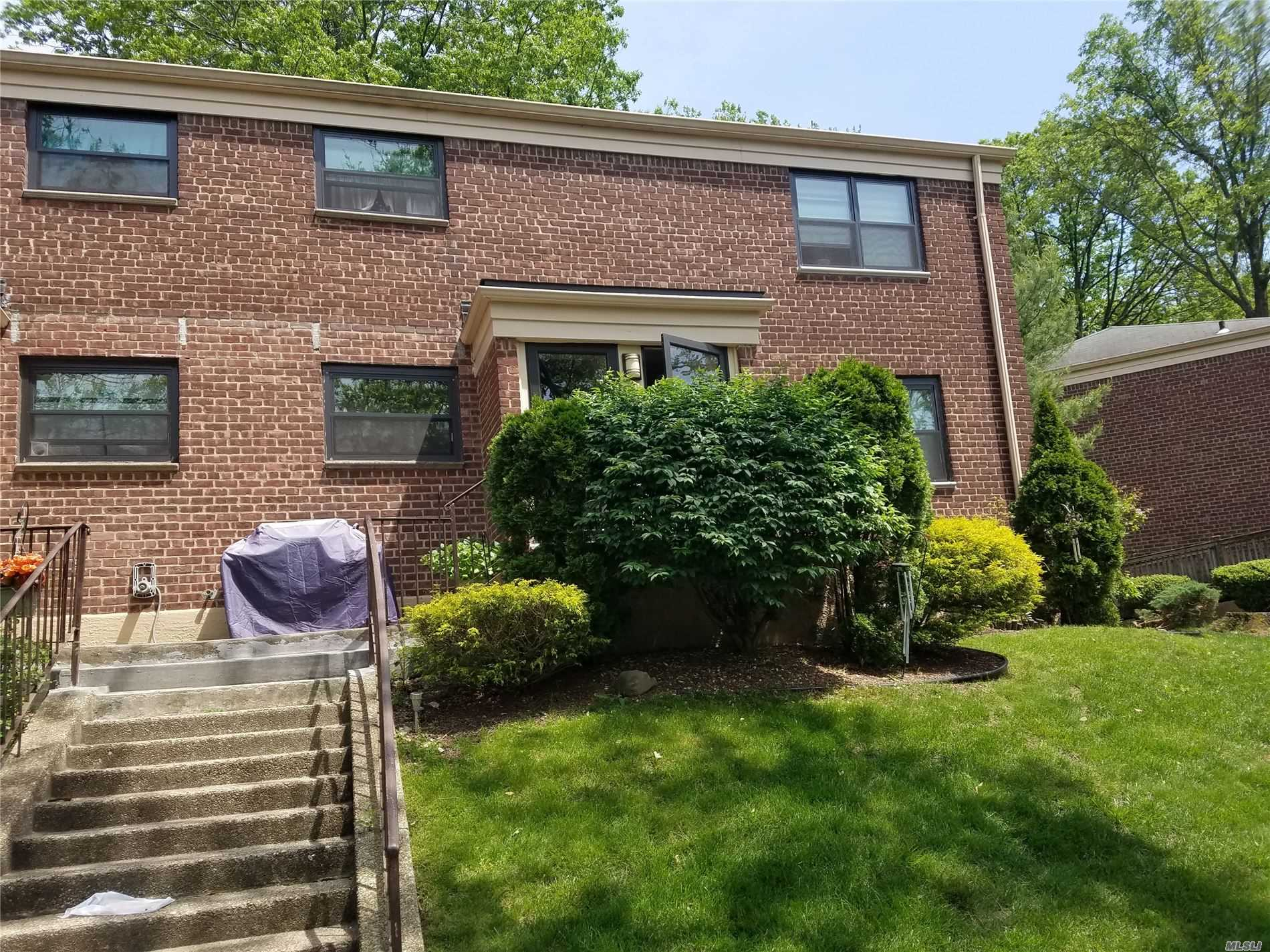 Fully Renovated 2 Bed, Corner Unit, Very Bright, Hardwood Floors, No Flip Tax, Pets Friendly, Sublets Allowed, Washer & Dyer Allowed, 24 hrs Patrol, Very Nice, Quiet & Clean Community, Close to Shopping, Parks, Major Highways, Local & Express Buses (Q27,Q88,QM5,QM8,QM35), School Dt.26 (PS 205,MS 74)
