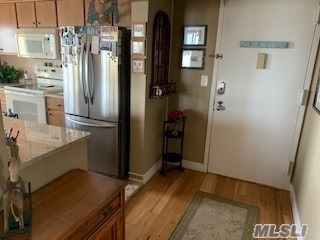Property for sale at 730 W Broadway Unit: 2E, Long Beach,  New York 11561