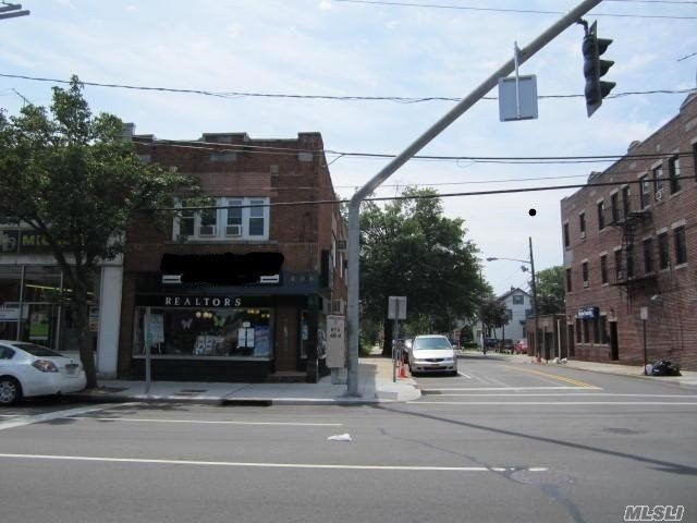 Property for sale at 206 Jericho Turnpike, Floral Park NY 11001, Floral Park,  New York 11001